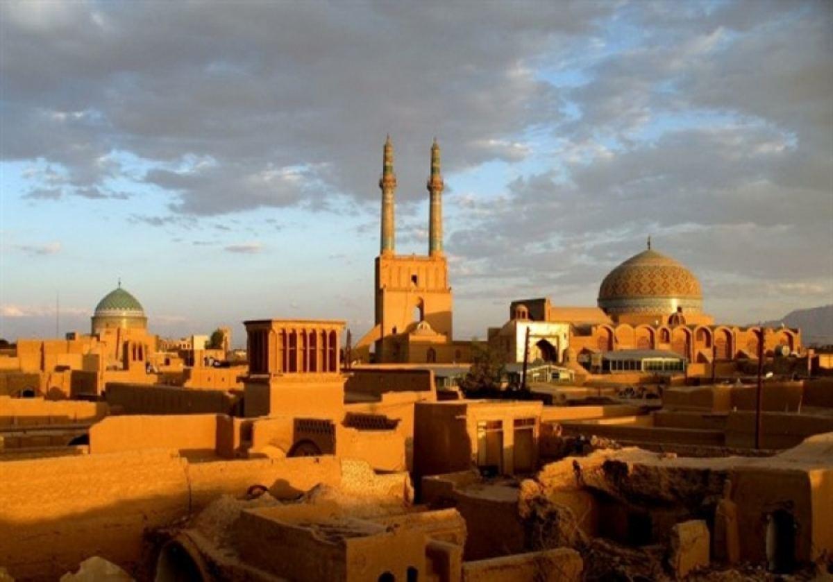 ماذا تعرف عن مدينة يزد الإيرانية