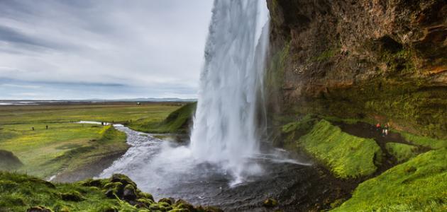 أين تقع أيسلندا موقع مصادر