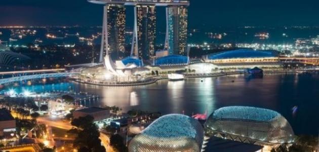 أين تقع مدينة سنغافورة موقع مصادر
