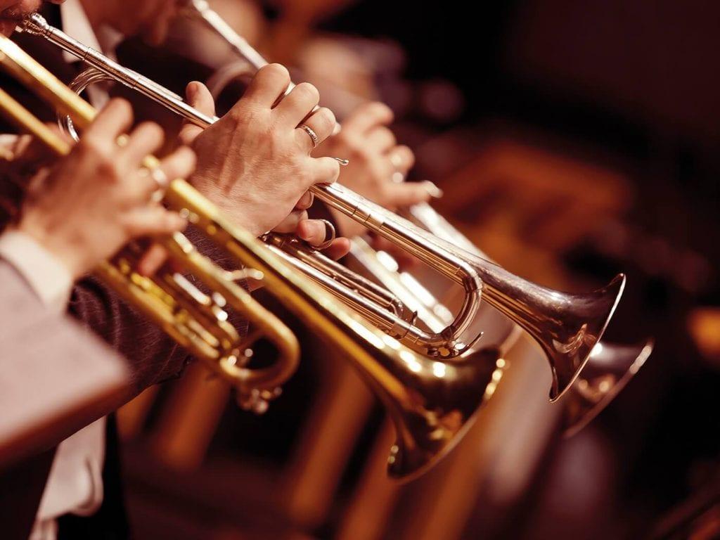 الآلات الموسيقية ودورها في المجتمع