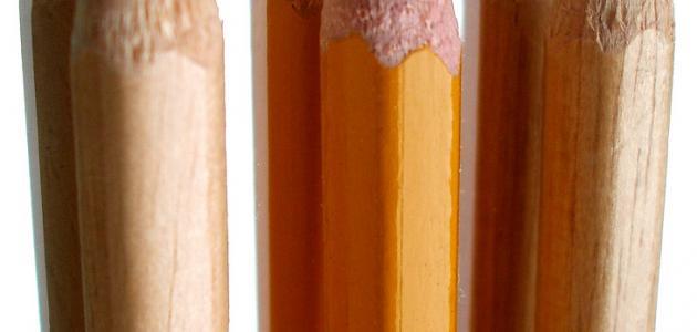كيف يصنع القلم