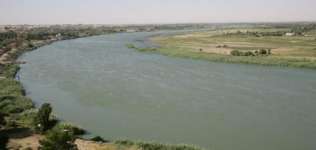 أين يصب نهر الفرات موقع مصادر
