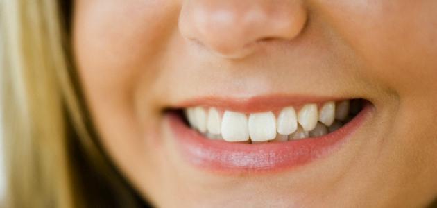 فوائد تنظيف الأسنان