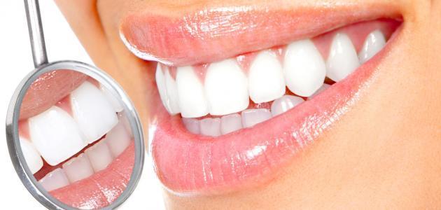وصفة طبيعية لتبييض الأسنان