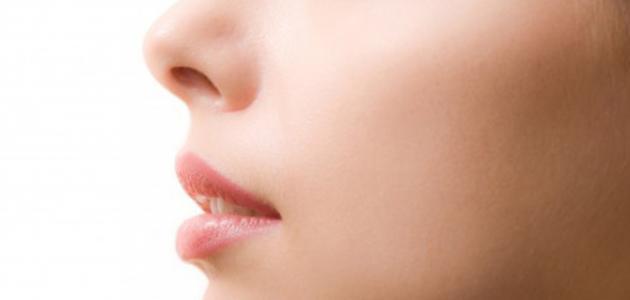 كيفية جعل بشرة الوجه صافية