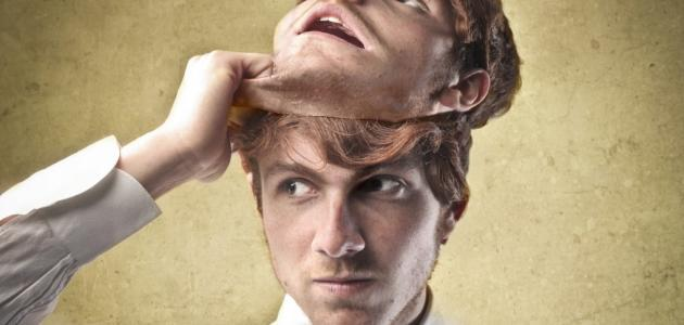 أعراض انفصام الشخصية - فيديو