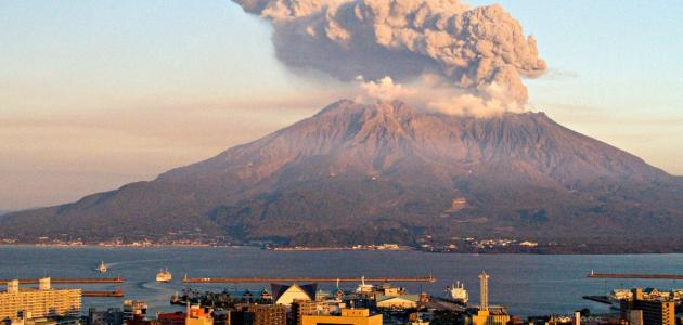 كيف تتكون الجبال البركانية