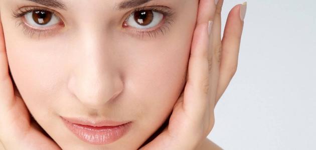 طريقة تفتيح بشرة الوجه